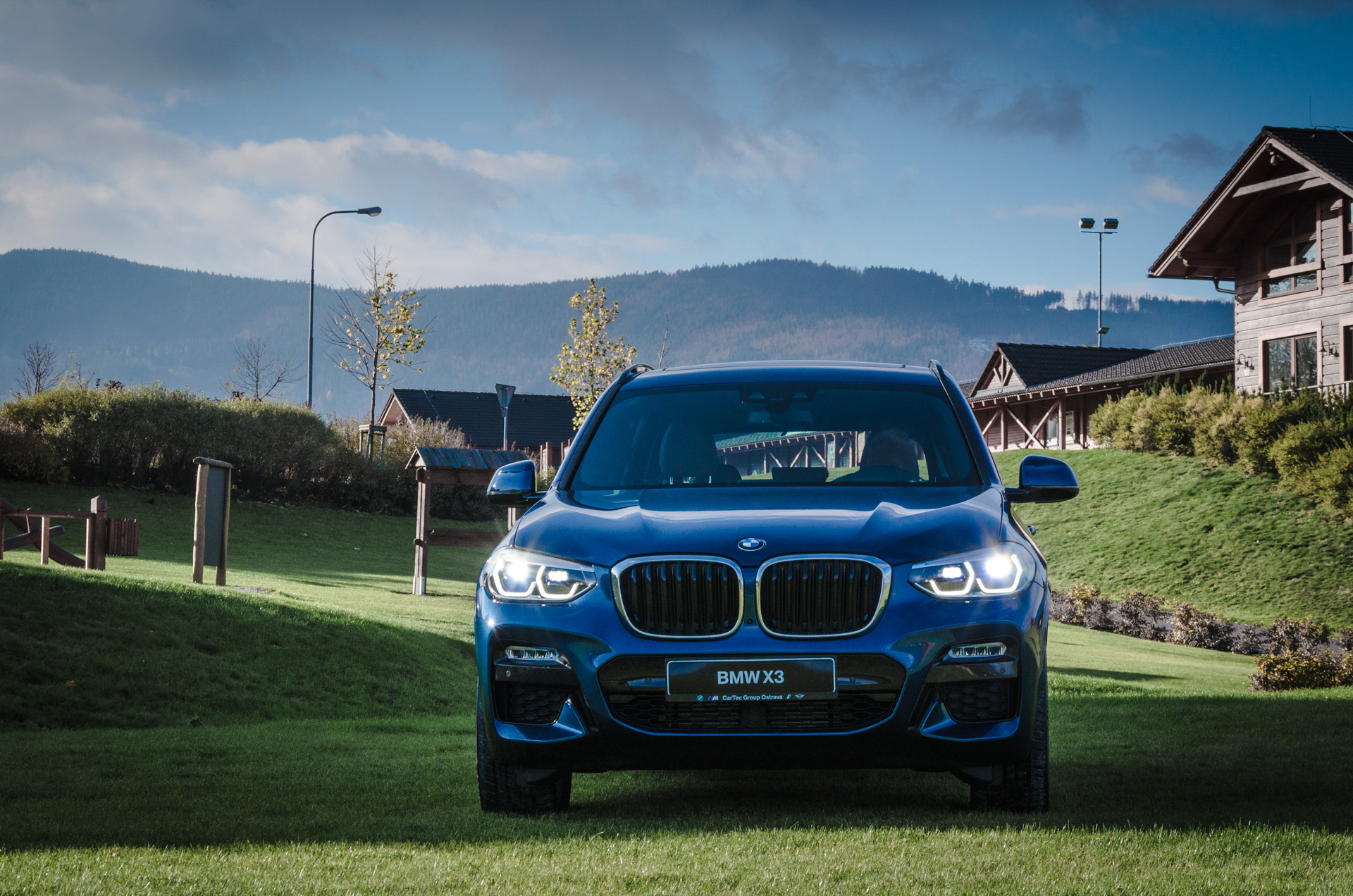 BMW X3 ROADSHOW
