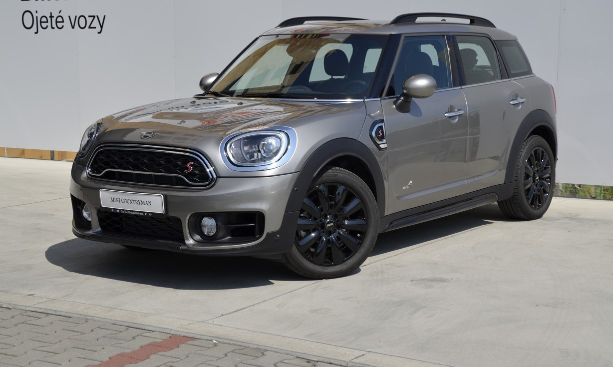 MINI Cooper S ALL4 Countryman (AT)