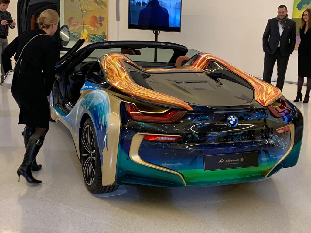 BMW i8 Roadster 4 elements by Milan KUNC - CarTec Group (5).jpg