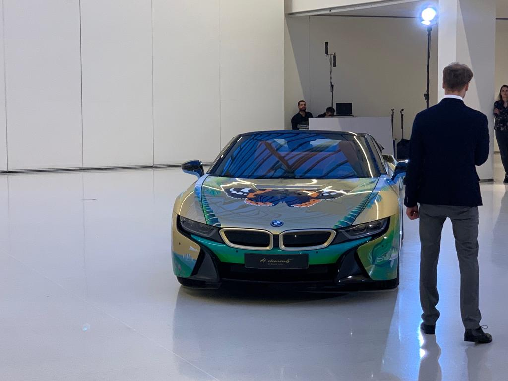 BMW i8 Roadster 4 elements by Milan KUNC - CarTec Group (17).jpg