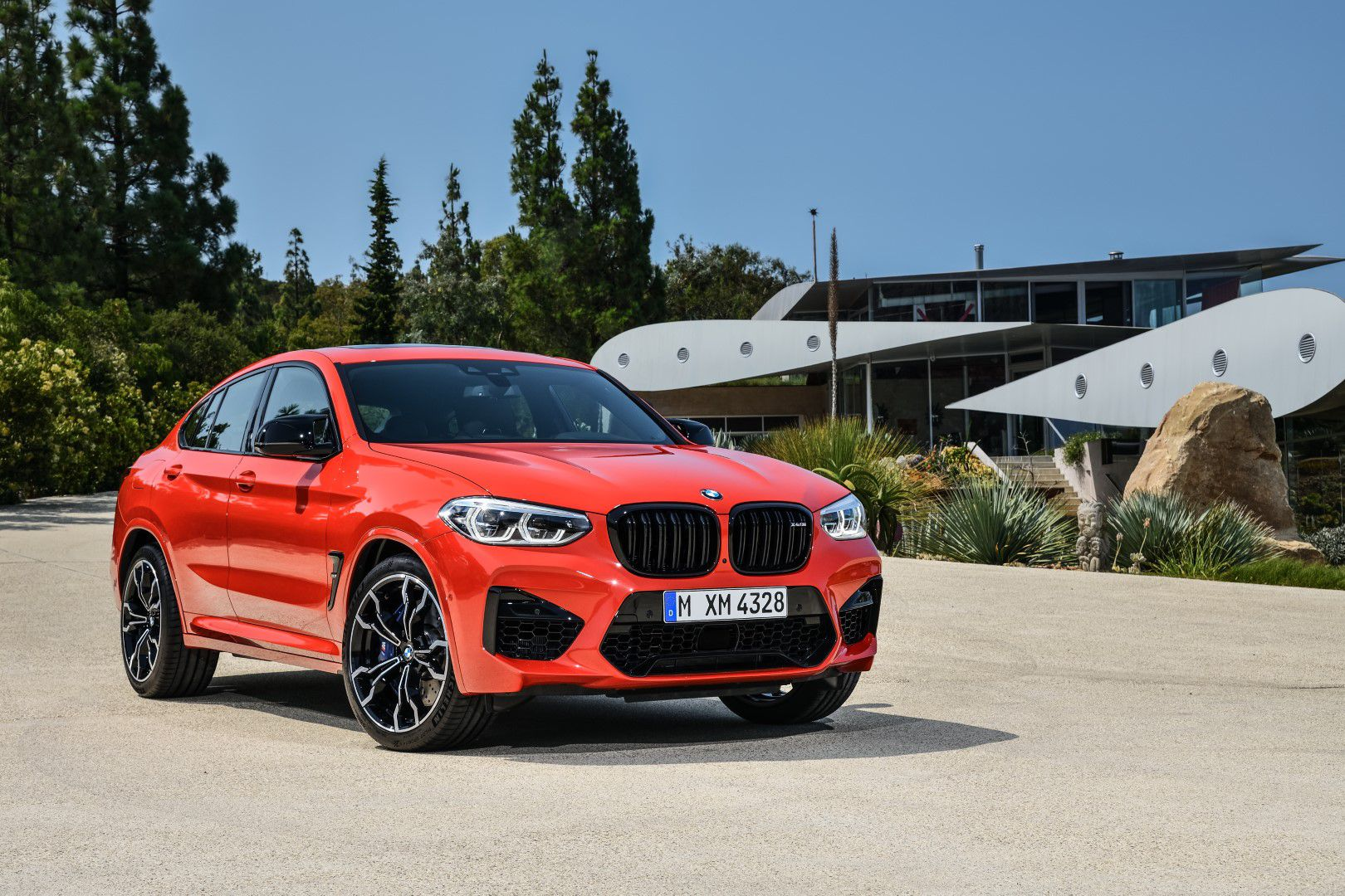 BMW X4 M Competition (1).jpg