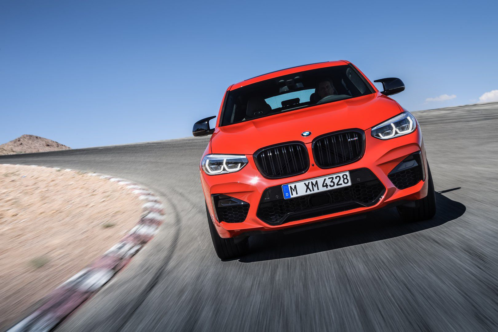 BMW X4 M Competition (5).jpg