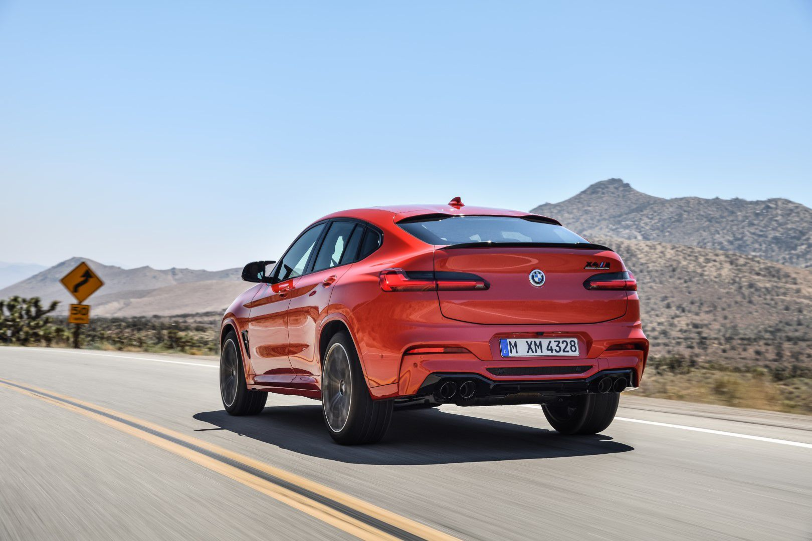 BMW X4 M Competition (32).jpg