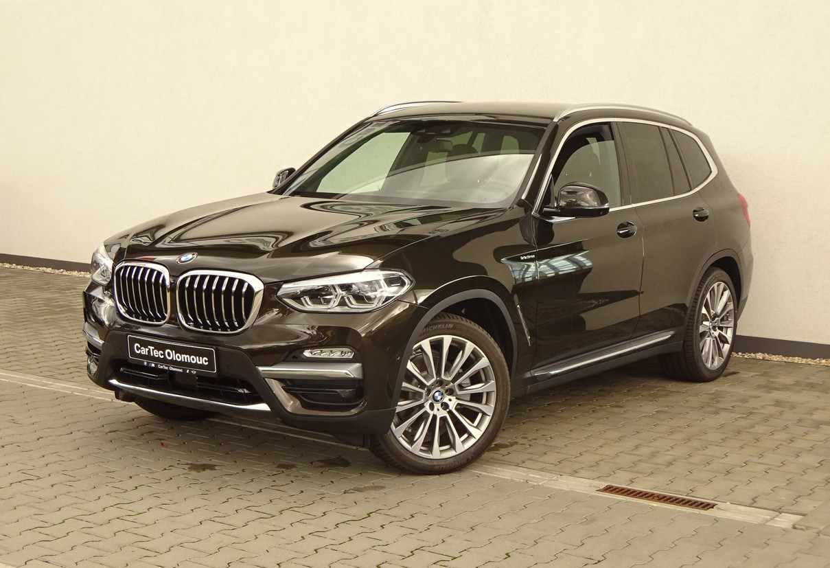 BMW X3 xDrive20d Model Luxury Line