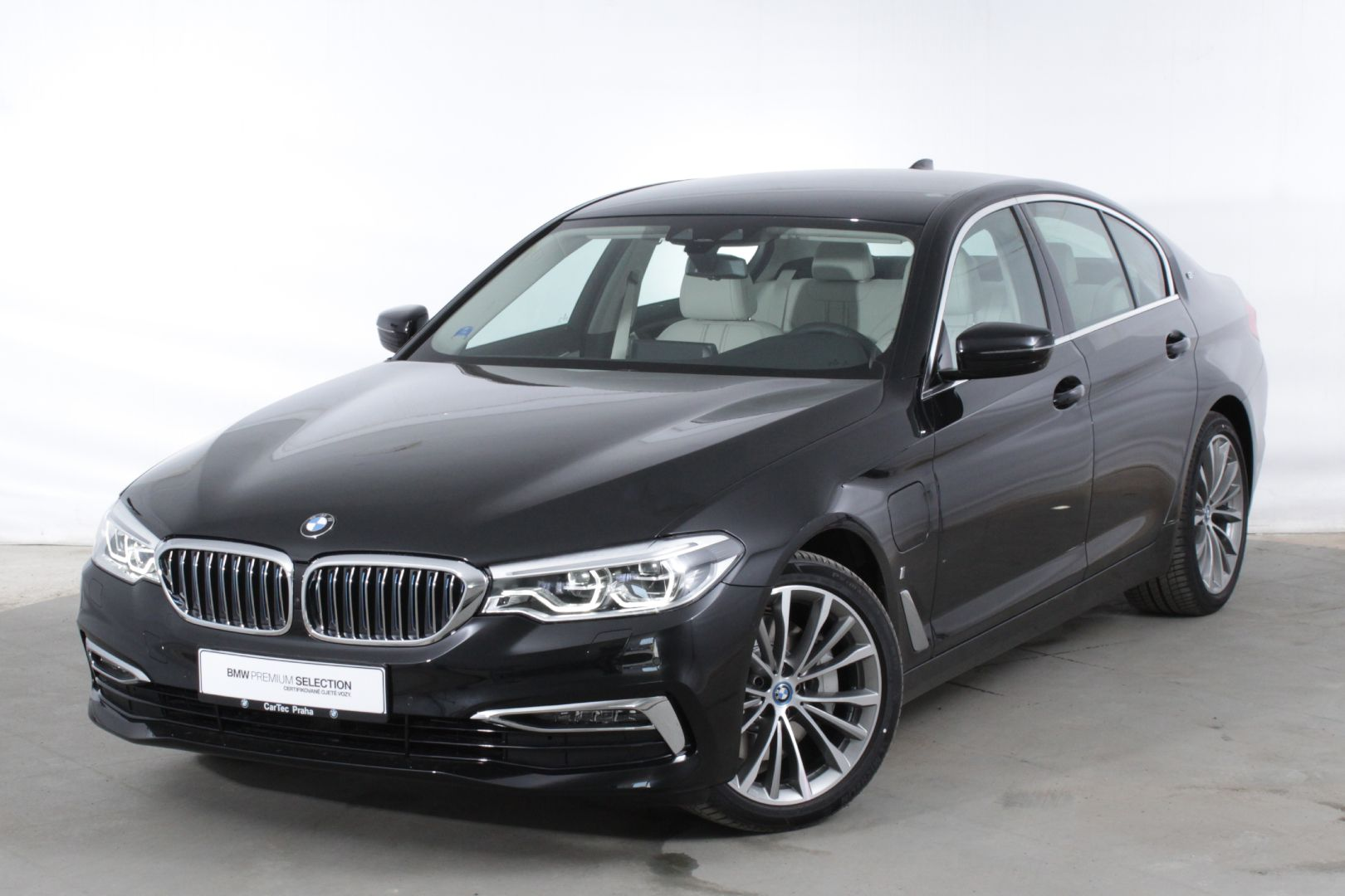 BMW 530e iPerformance Limousine